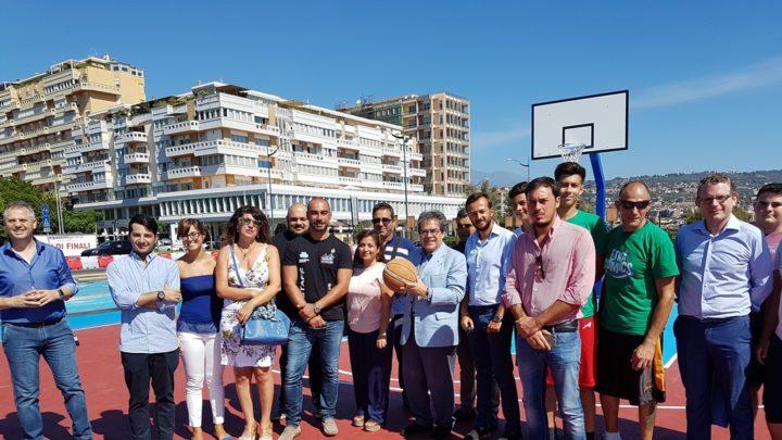 Ecco il nuovo campo di basket di piazza Nettuno