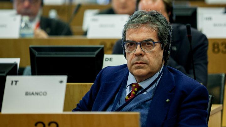 Migranti: parere Bianco approvato da plenaria Cdr a Bruxelles