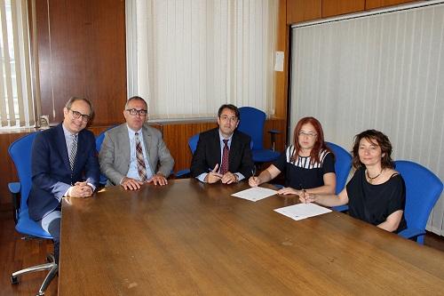 Formazione. Firmato un protocollo d'intesa per la riqualificazione del personale impiegato negli Enti locali del territorio etneo