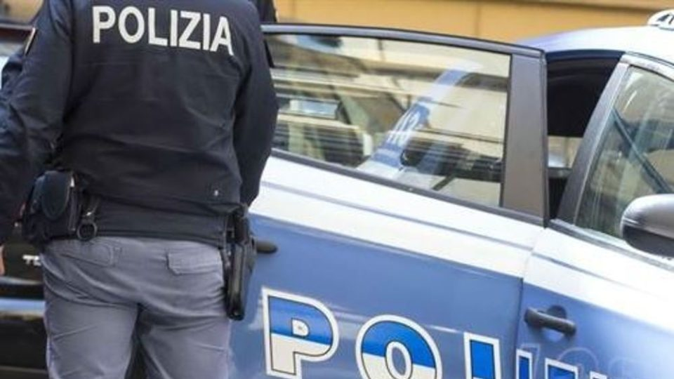 In sella la polizia sventa un furto