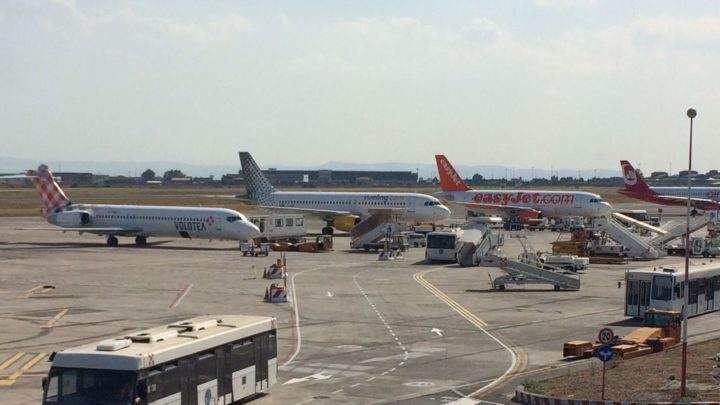 Bollettino di aggiornamento sull'eruzione dell'Etna ed aeroporto Catanese.