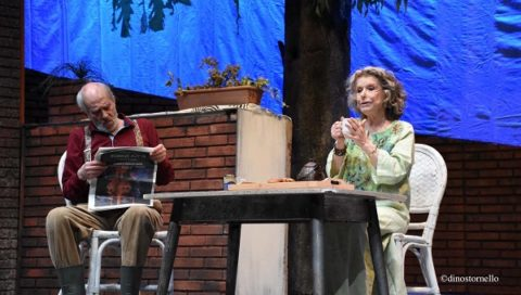 """Sinceramente bugiardi"" al Teatro Brancati"