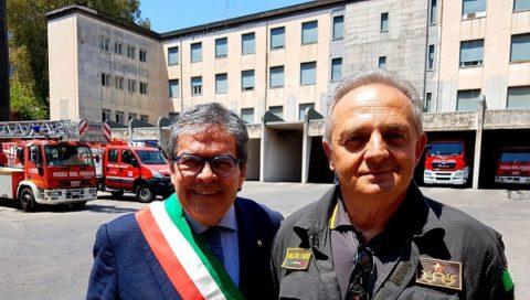 """Vigili del fuoco: Bianco in Caserma Catania, """"Qui per testimonianza di ringraziamento"""""""