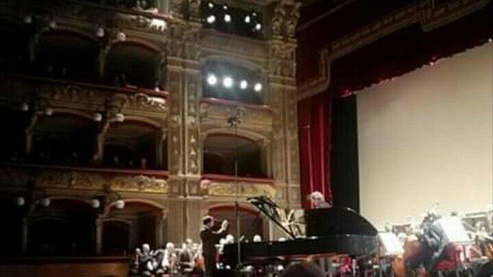 Alberto Ferro e Günter Neuhold protagonisti del concerto sinfonico al Teatro Massimo Bellini