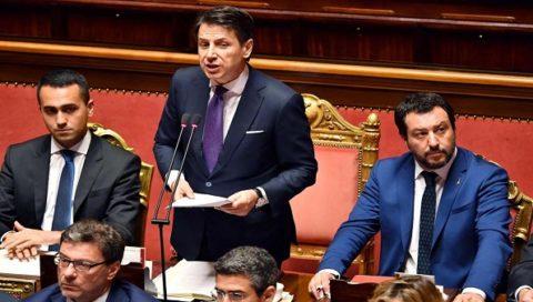 Caso Siri: Arriva in Consiglio dei Ministri, il Movimento Cinque Stelle chiede le dimissioni, Salvini le respinge ancora. È muro contro muro.  Continua su: https://newsmondo.it/caso-siri-cdm-8-maggio/politica/?utm_source=welcoming&utm_medium=newsletter&utm_campaign=news-mondo&refresh_cp