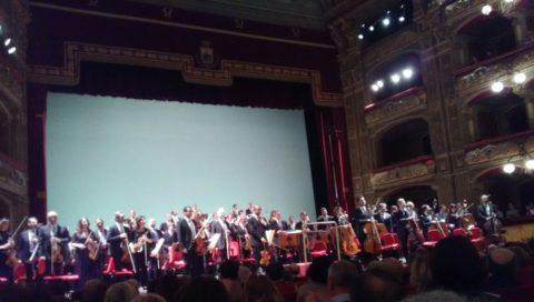 Il violinista Uto Ughi e il direttore Stefano Tsialis  al Teatro Massimo Bellini
