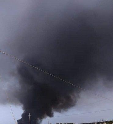 Lampedusa. Brucia la discarica, fumo tossico fra gli abitanti