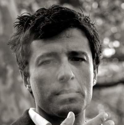 """Con lo spettacolo """"La Classe diGerente"""", Elio Crifò è spregiudicatamente entro le righe!"""