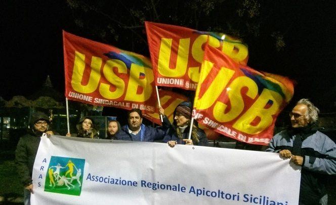 """Catania. Ieri presidio contro l' """"Agrievolution"""" della Bayer"""