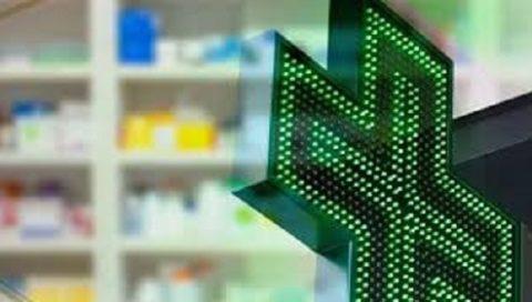 Ridotti gli orari di apertura delle farmacie