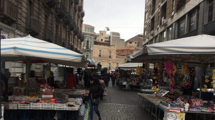 La storica Fiera di Catania deserta a causa di mancanza di soldi o per causa paura CORONAVIRUS ?