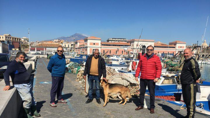 Pescatori danneggiati gravemente dal calo delle vendite a seguito chiusura mercati storici e rionali