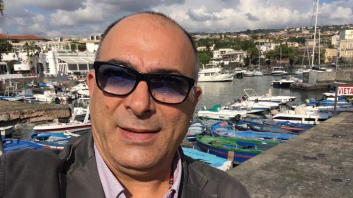 Barche abbandonate all'interno del Porto di Ognina. La F.A.S. chiede interventi urgenti