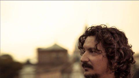 Sergio Cammariere, torna con il suo ultimo singolo: Con te sarò ed una sorpresa per i catanesi.