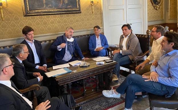 Calcio Catania, Pogliese convoca la parti per accordo da sottoporre al tribunale