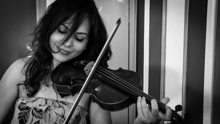 """""""8 Marzo, Parliamo di donne"""": Caterina Coco, legata alla voce del mio violino…"""