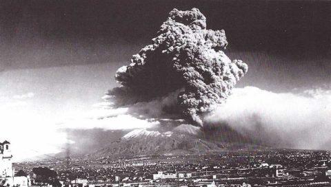 Le testimonianze filmate delle distruttive eruzioni dell'Etna e Vesuvio